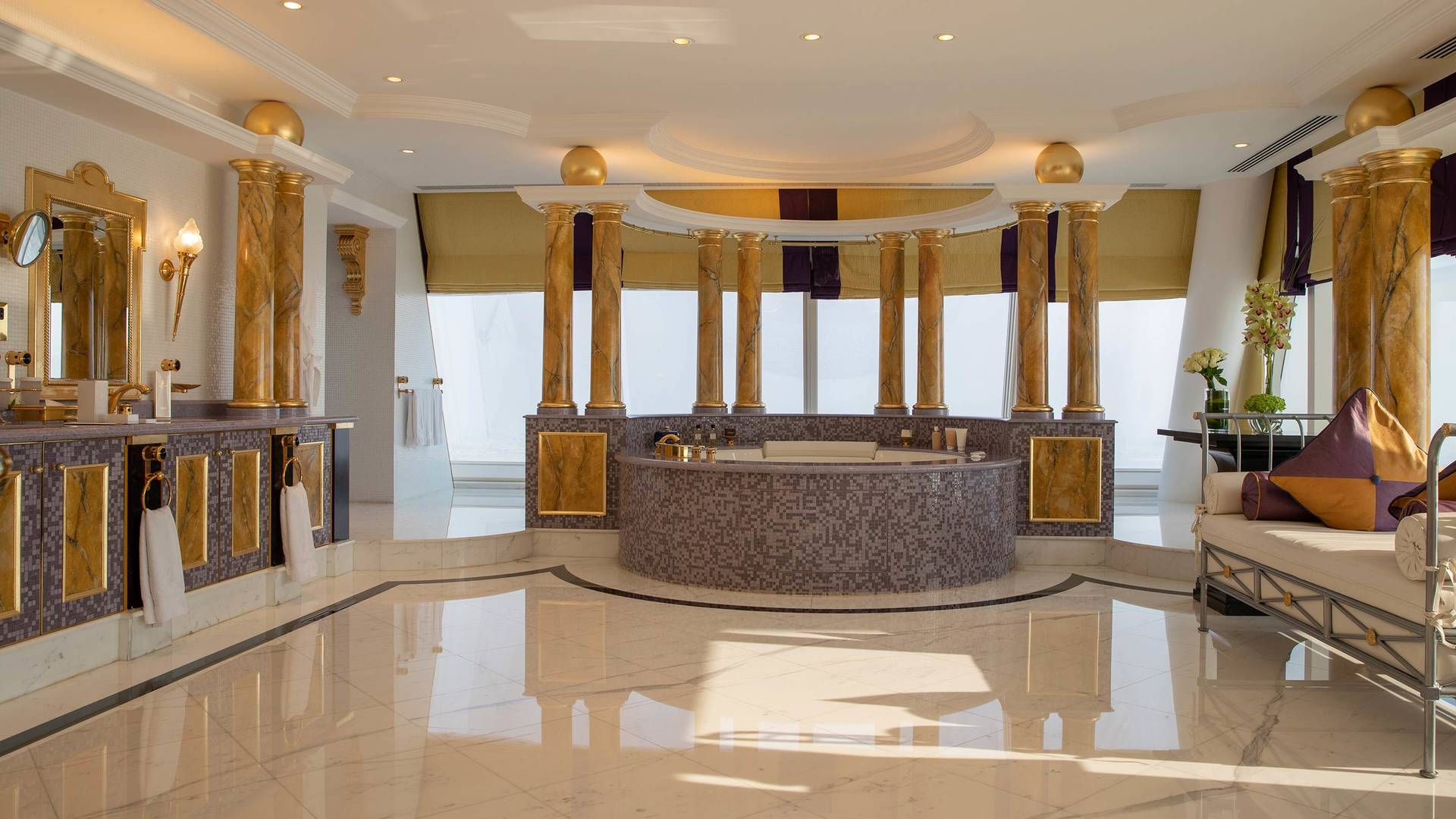 Jumeirah Burj Al Arab Presidential suite bathroom 2_16-9