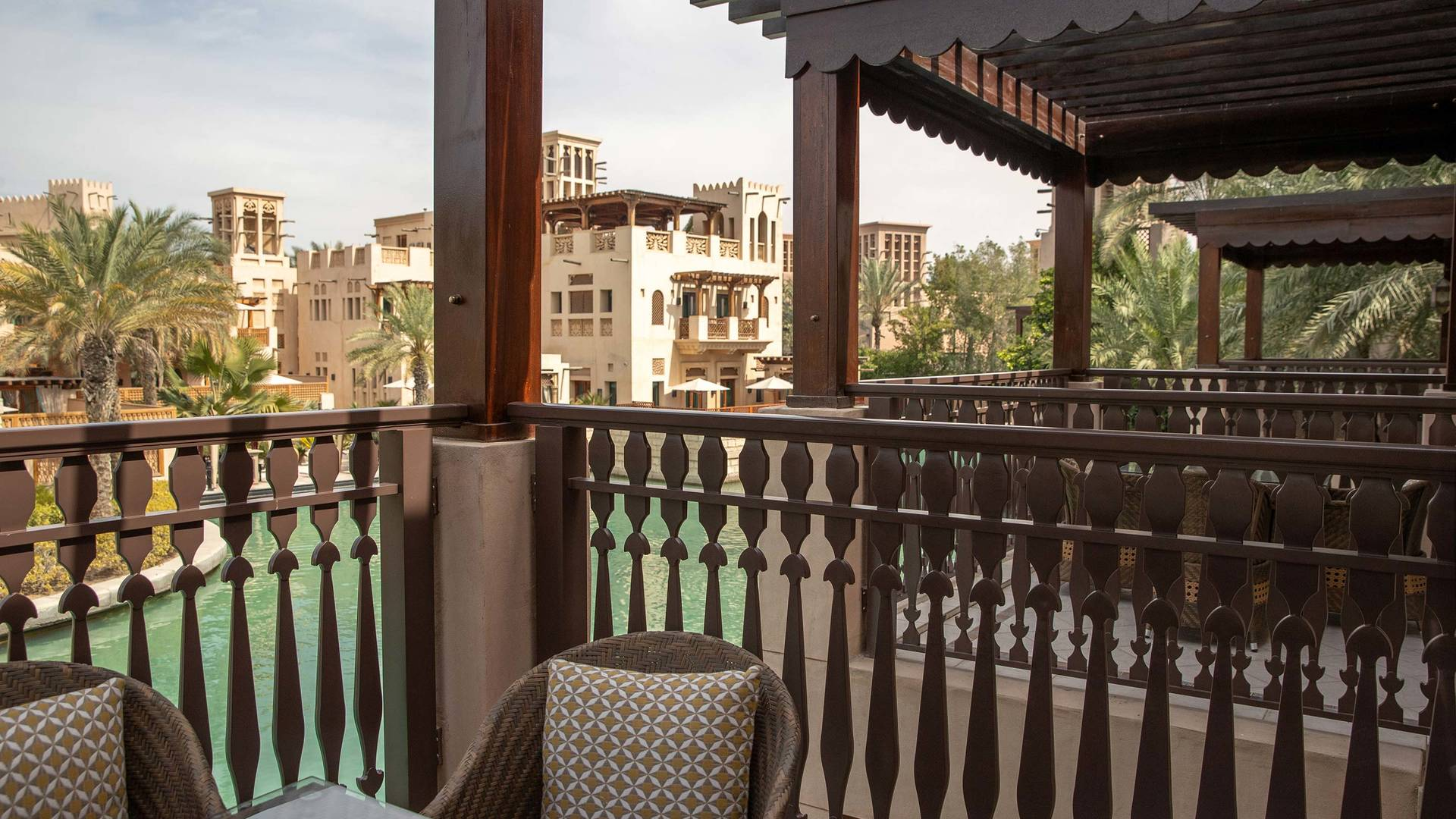 Jumeirah Dar Al Masyaf Arabian summerhouse Arabian Suite room view_16-9