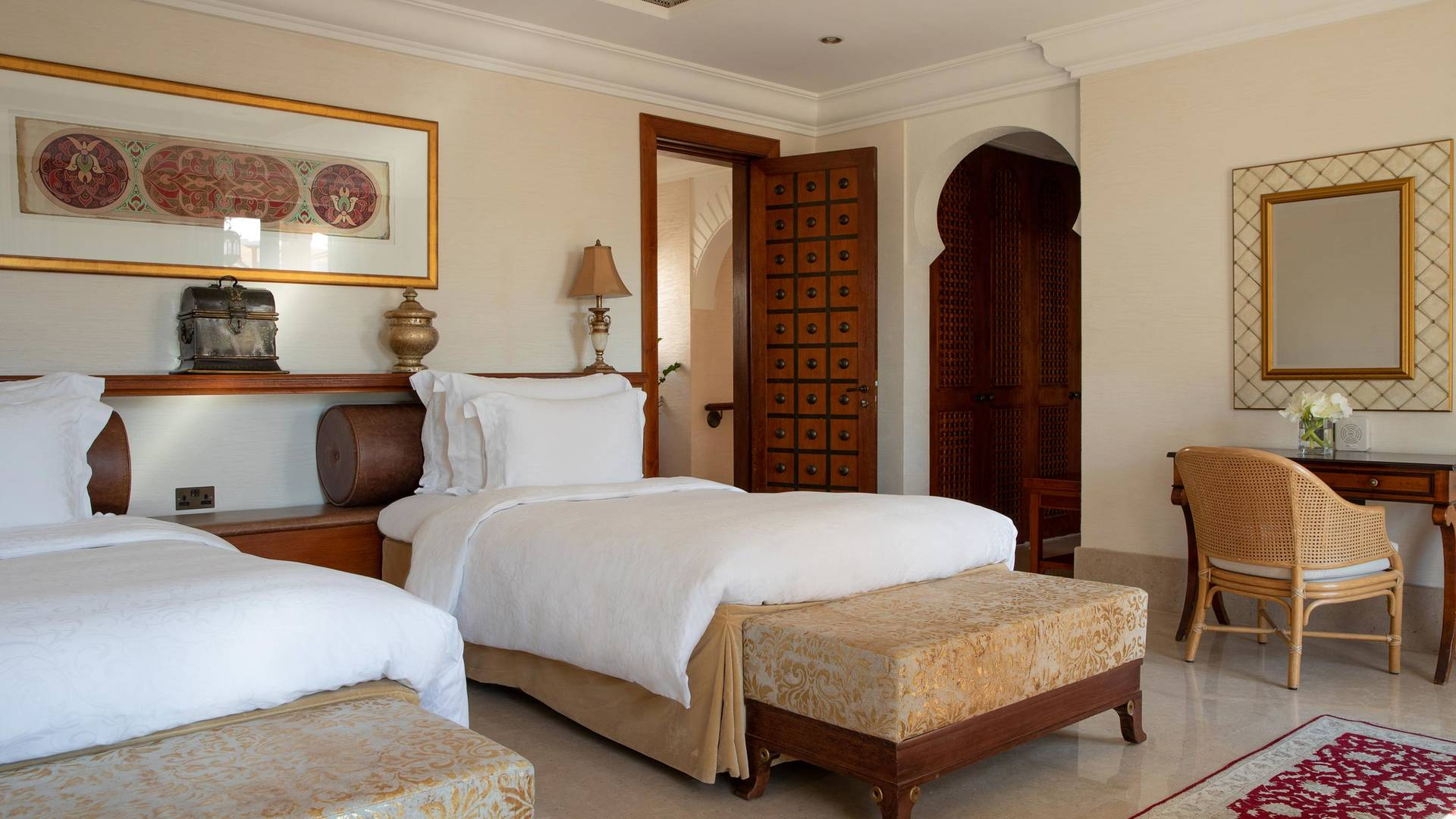 Jumeirah Dar Al Masyaf Malakiya three bedroom villa bedroom 2_16-9