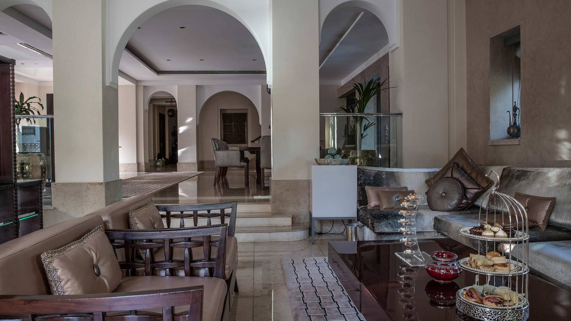 Jumeirah Dar Al Masyaf Royal Malakiya-Villa Wohnzimmer_16-9