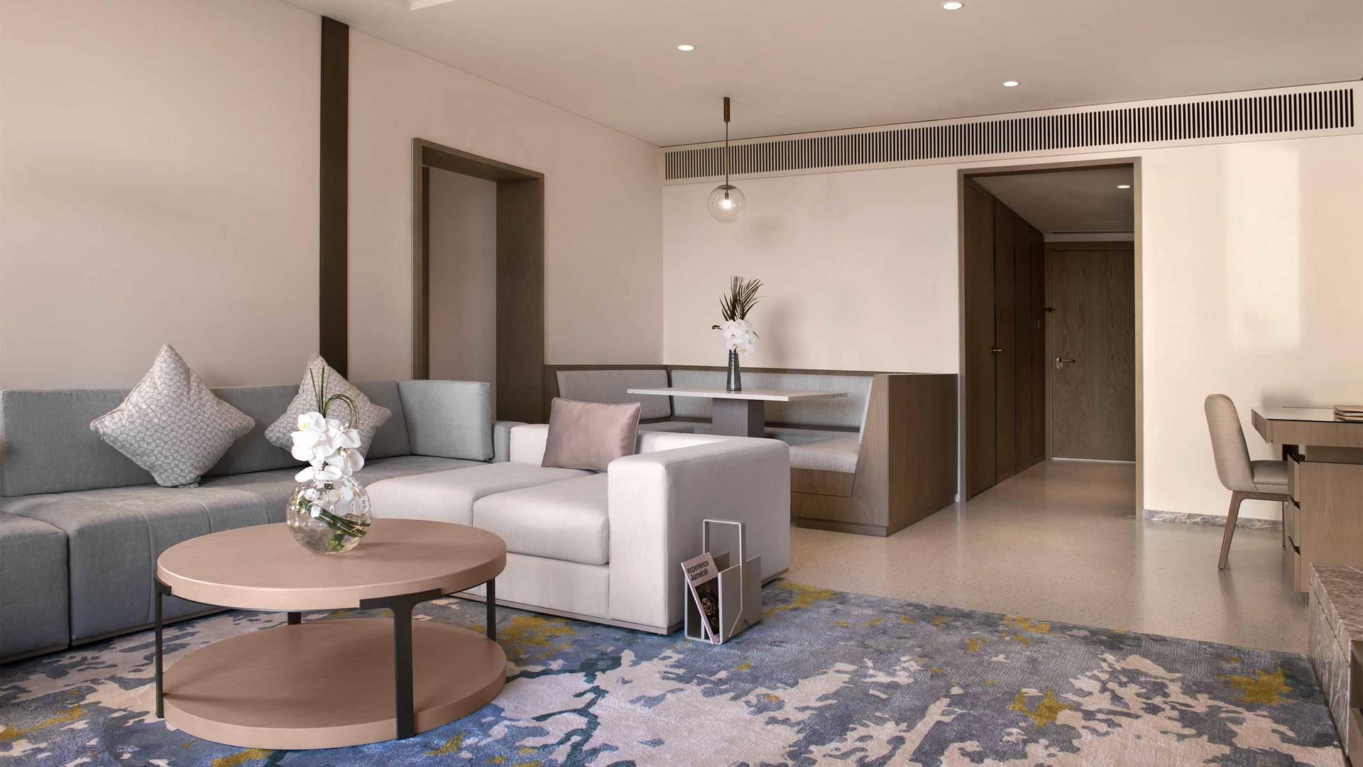 Jumeirah-Beach-Hotel---Family-Garden-Suite-Living-Room