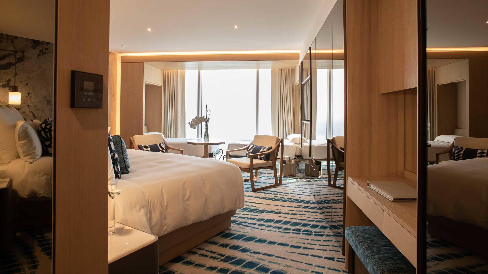 Jumeirah-Beach-Hotel---Ocean-Family-Deluxe