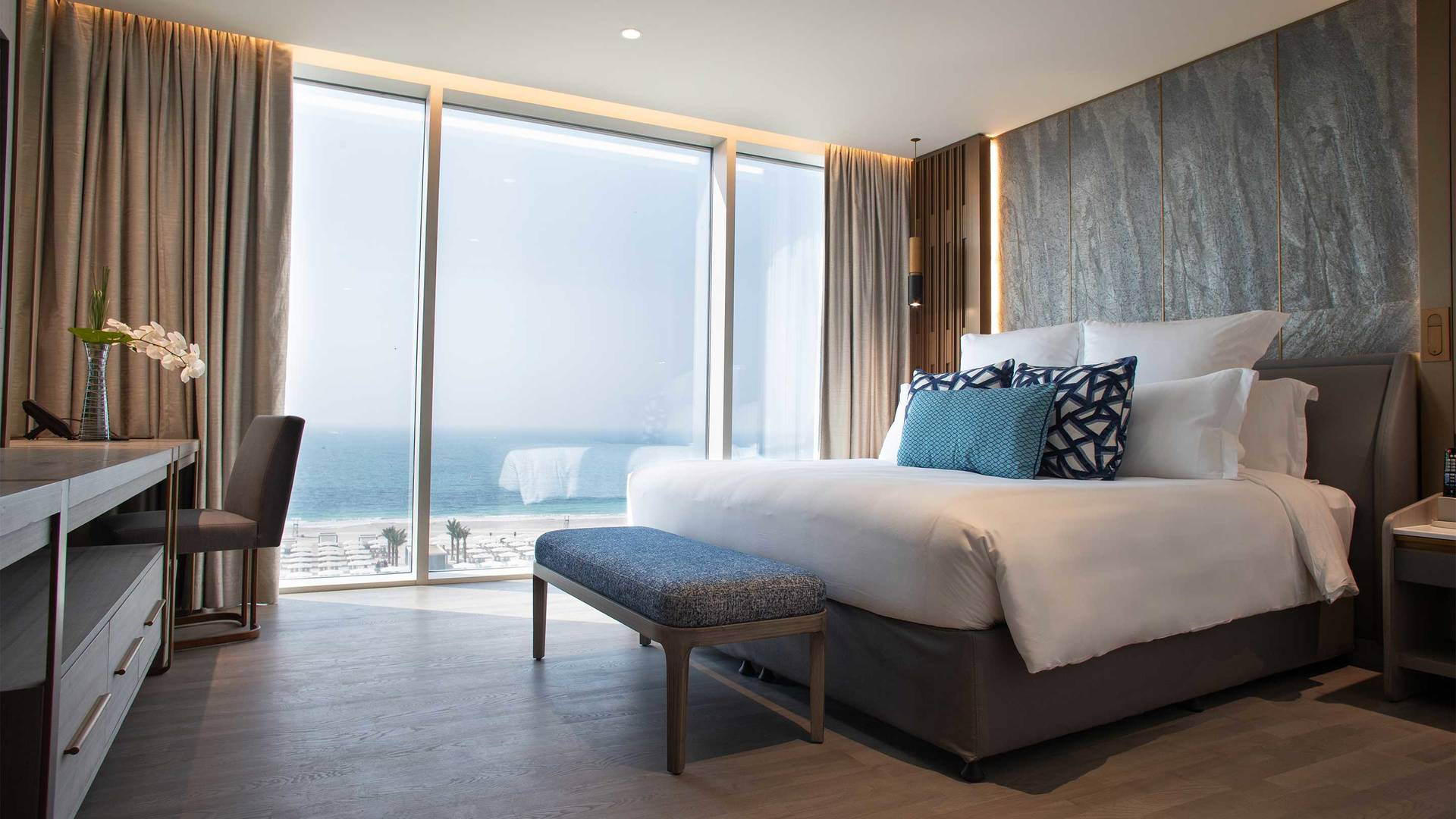 16-9_Jumeirah-Beach-Hotel---Ocean-Suite