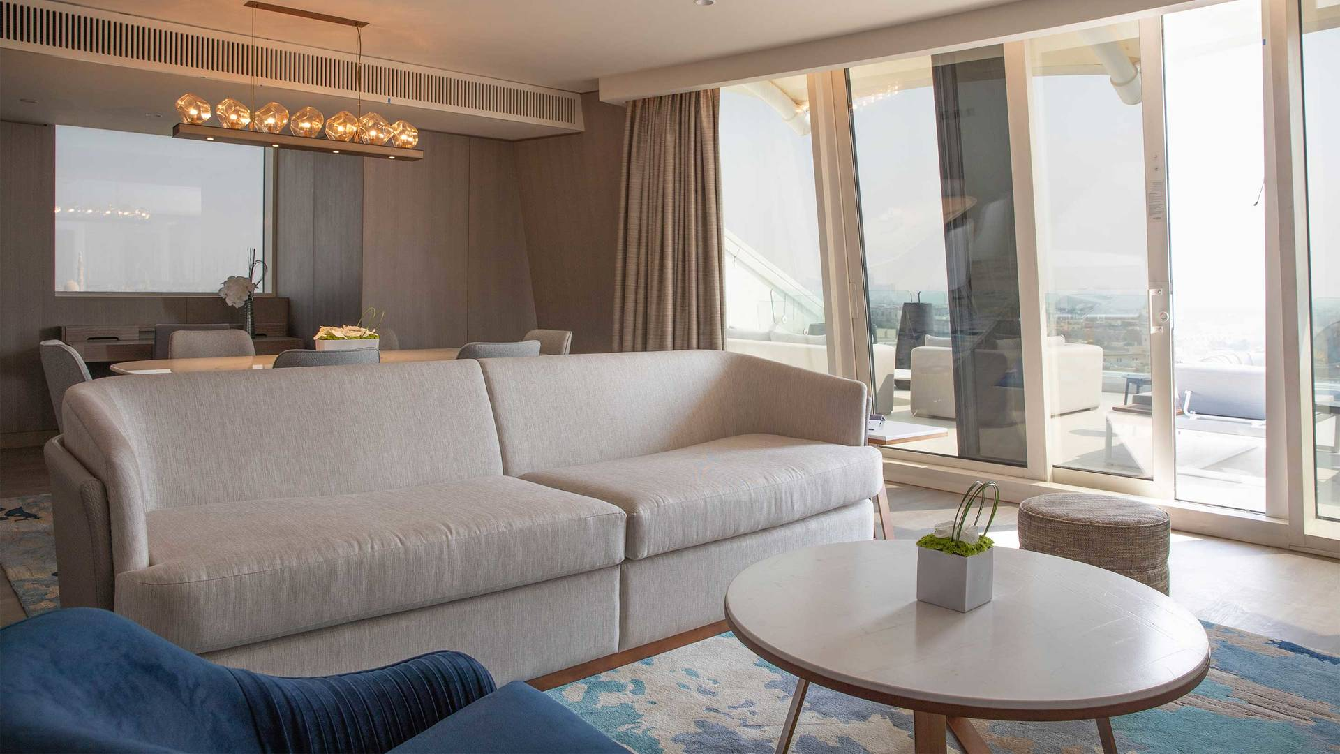 16-9 Jumeirah-Beach-Hotel-Two-Bedroom-Ocean-Suite-Living-Room Window