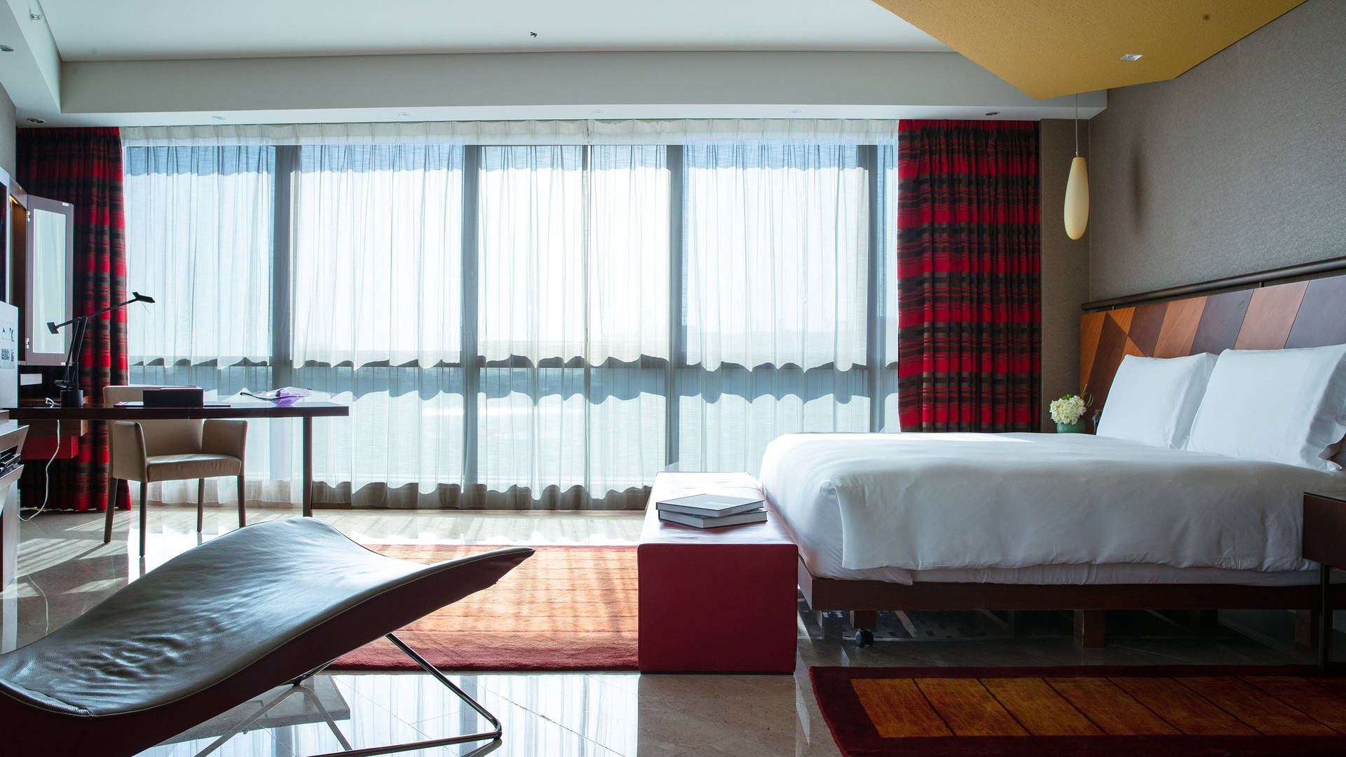 One-Bedroom-Suite at Jumeirah-Creekside-Hotel