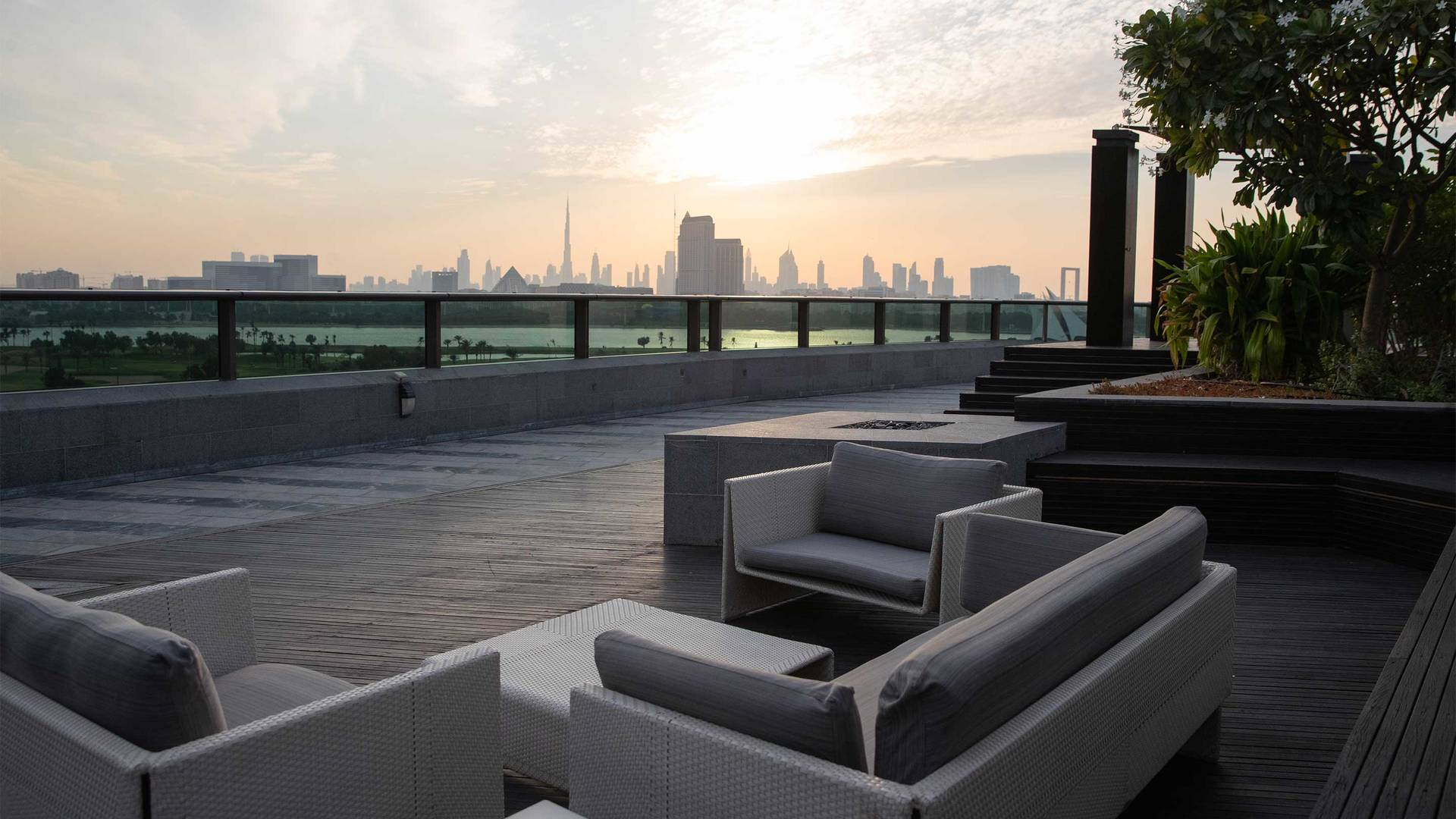 16-9_creekside_Jumeirah-Creekside-Hotel---Penthouse-Suite-Terrace