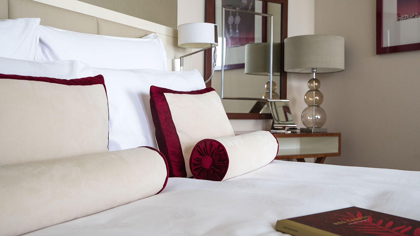 Jumeirah Emirates Towers Chopard Ladies Suite Bedroom