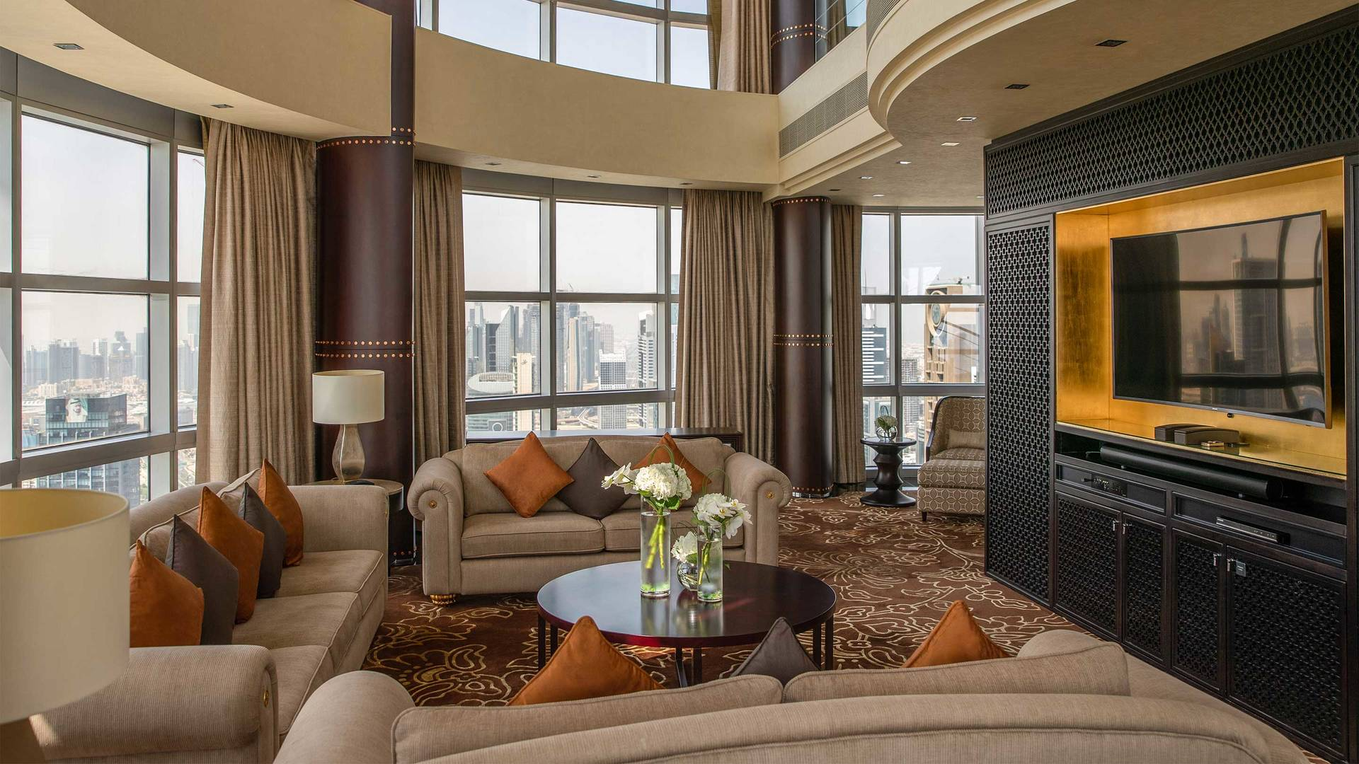 16-9_Jumeirah-Emirates-Towers---Royal-Suite---Living-Room-2