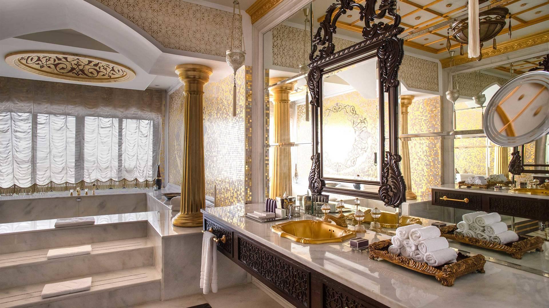 16-9_Jumeirah-Zabeel-Saray---Grand-Imperial-Suite---Bathroom-Area-Details