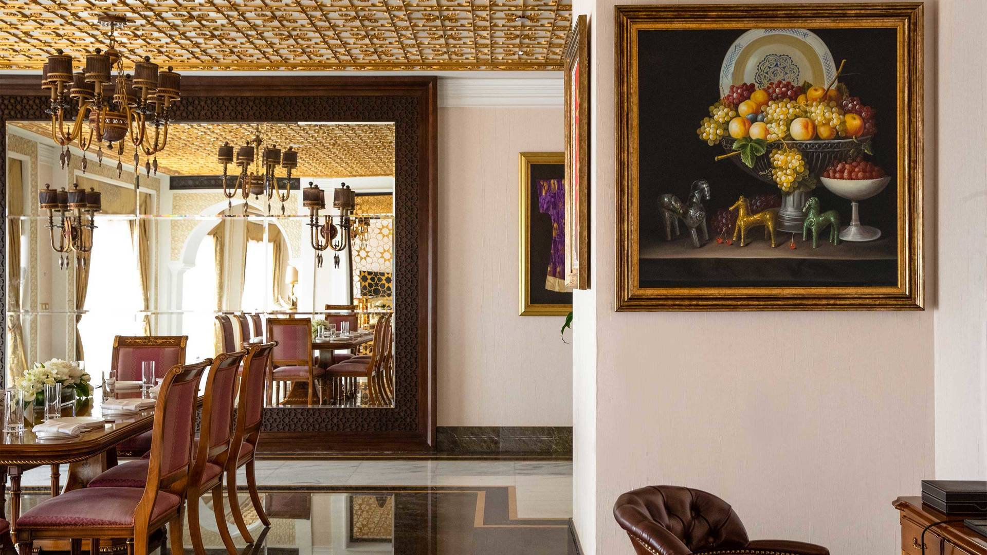 16-9_Jumeirah-Zabeel-Saray---Grand-Imperial-Suite---Dining-Area-Detail-2