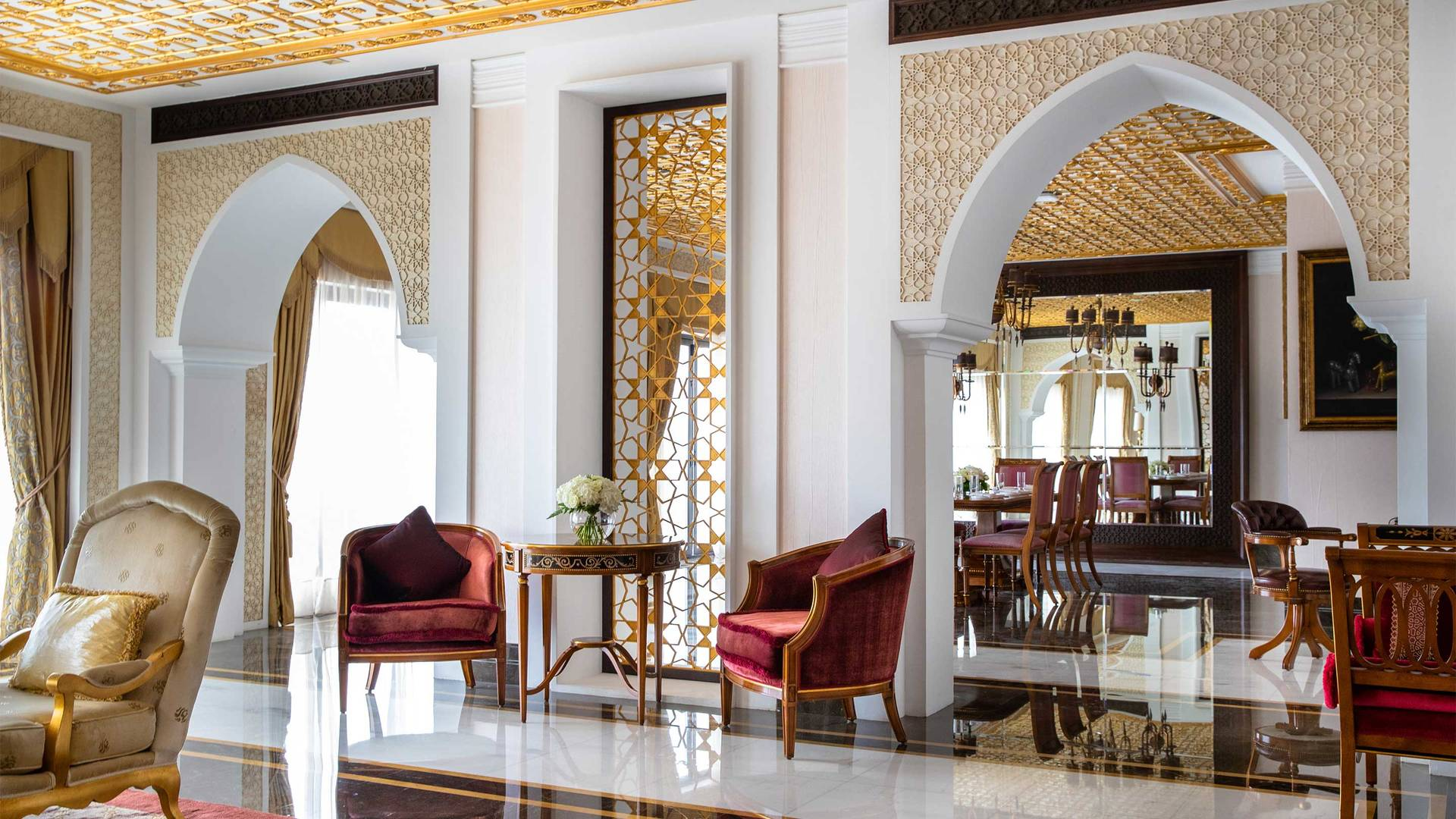 16-9_Jumeirah-Zabeel-Saray---Grand-Imperial-Suite---Lounge-and-Dining-Room