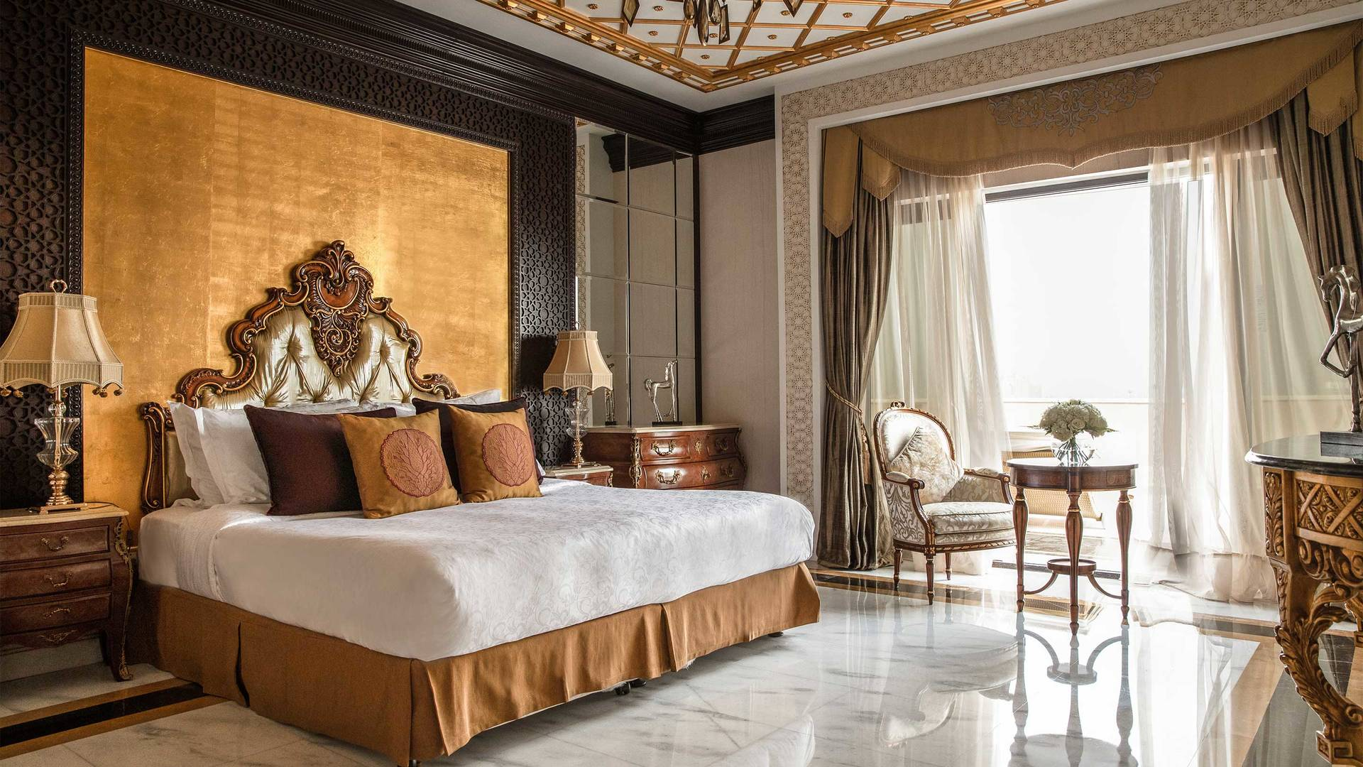 16-9 Room Jumeirah Zabeel Saray Grand Imperial Suite Master Bedroom