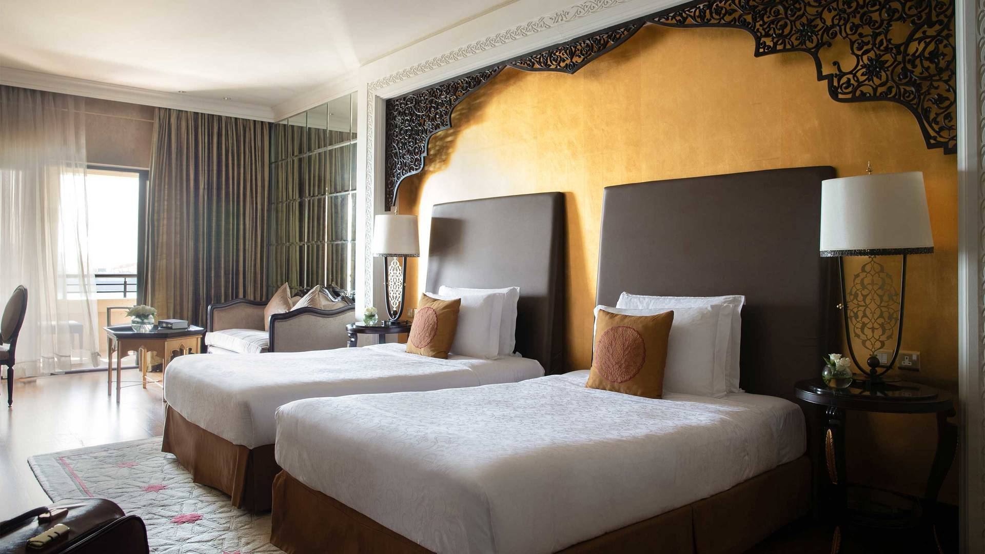 16-9 Room Jumeirah Zabeel Saray Superior Double Twin Bed