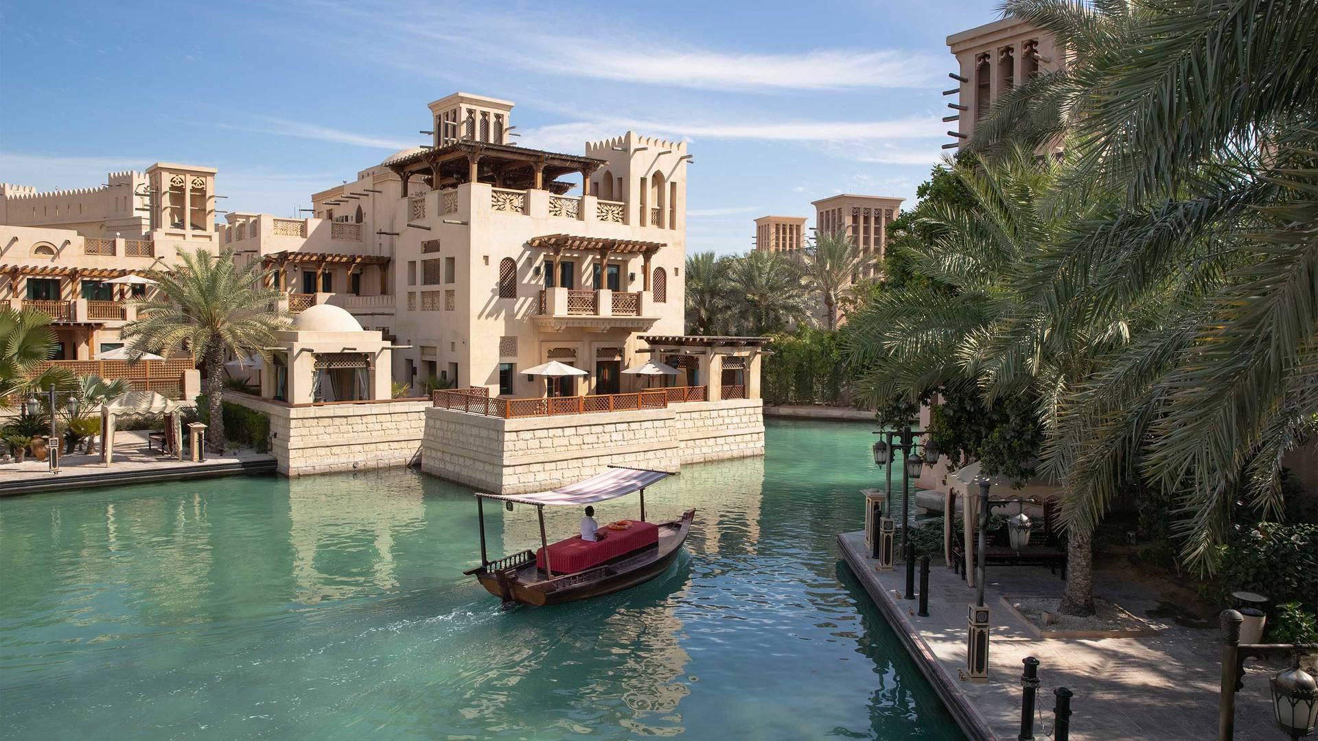 16-9 Предложение отеля Jumeirah Mina A'Salam на курорте Madinat — номер люкс Madinat