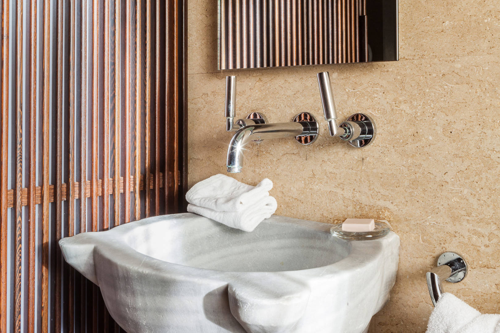 Capri Palace Jumeirah Suites wth Private Pool and Garden Andromeda Bathroom
