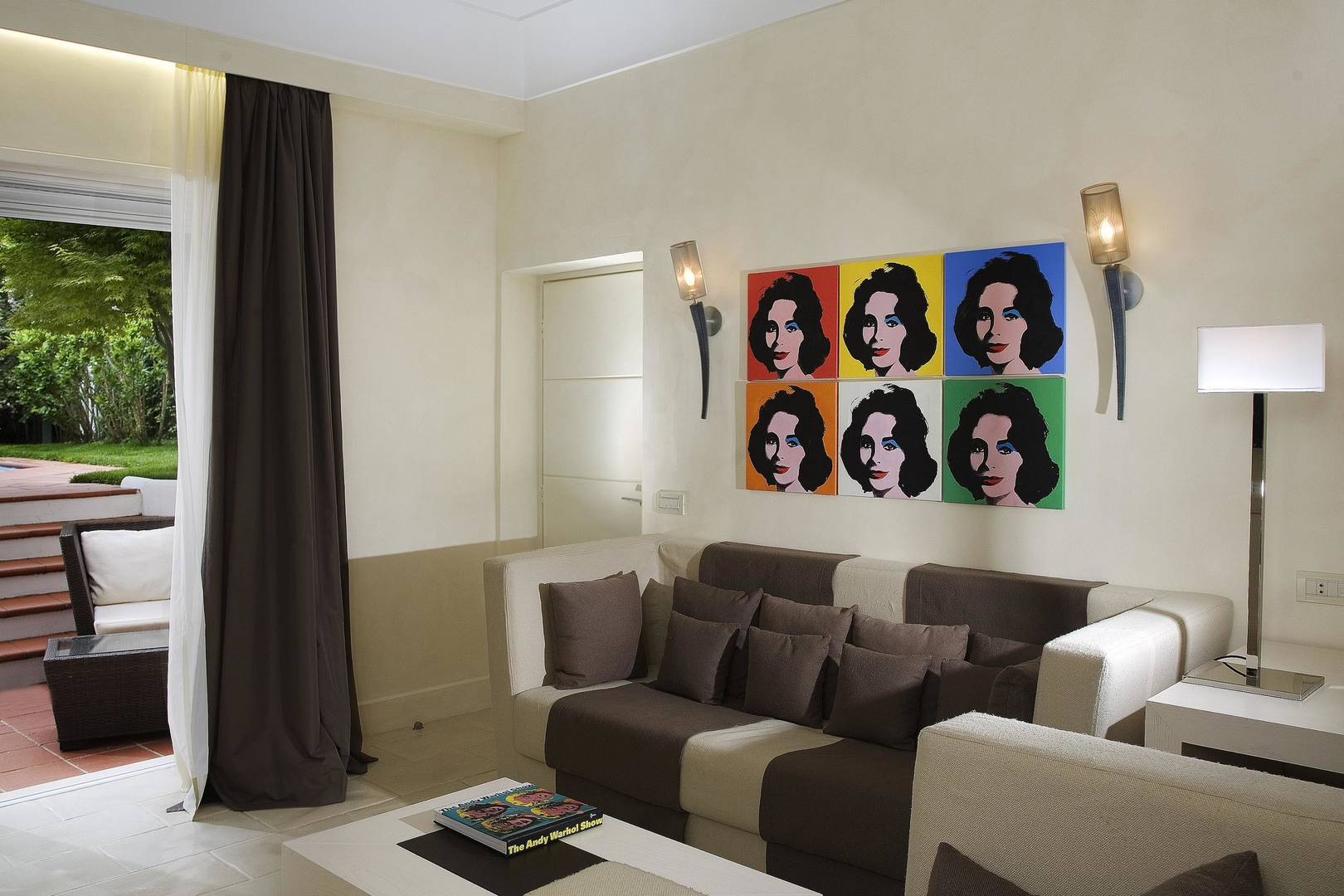 Capri Palace Jumeirah Suites wth Private Pool and Garden Warhol Living room