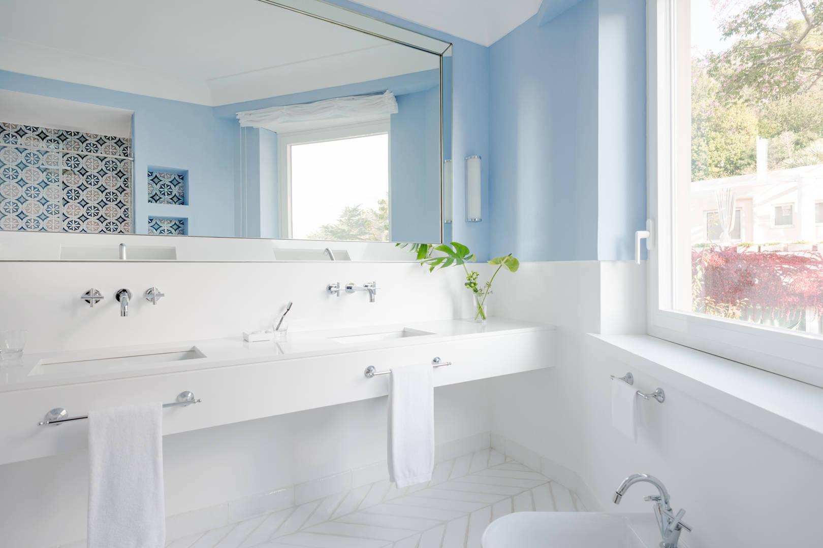 Capri Palace Jumeirah Superior Garden Side Bathroom