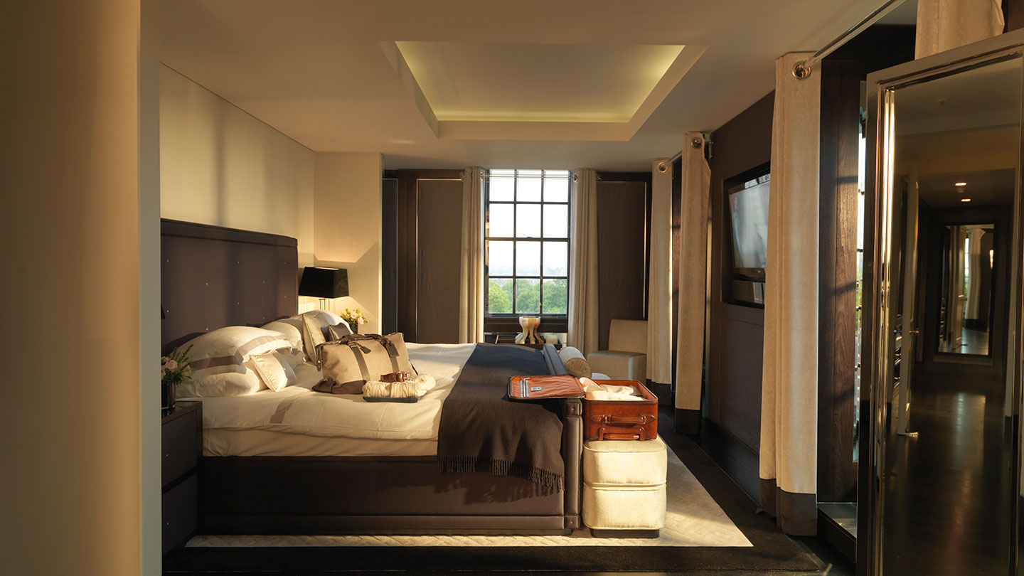 3 point view of bedroom