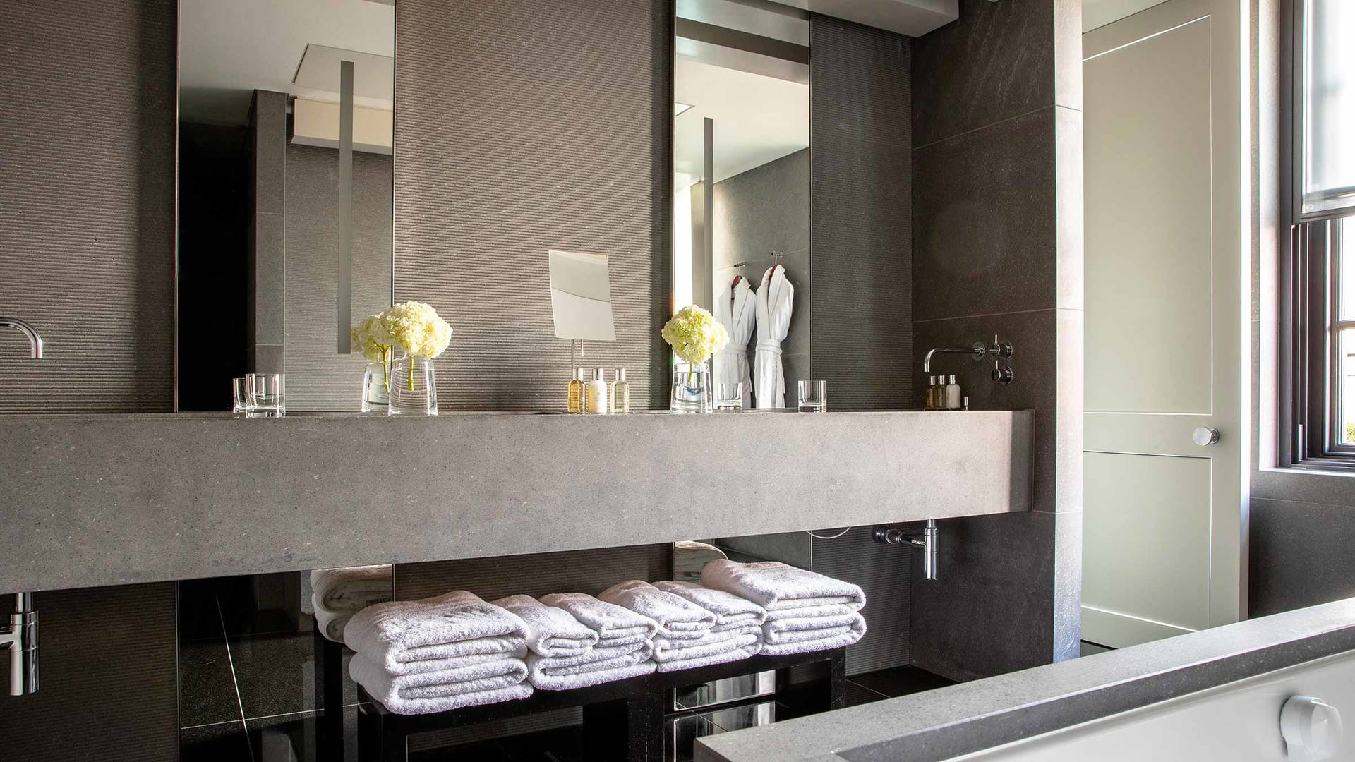 Bathroom - Grosvenor Penthouse