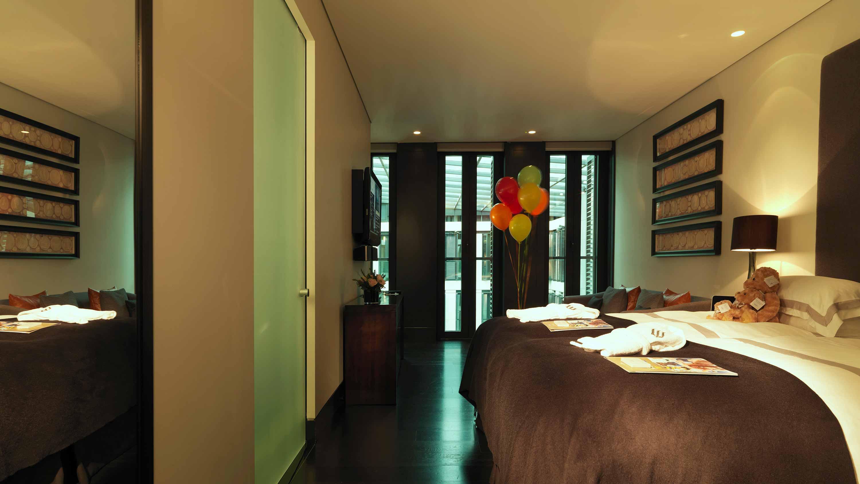 Bedroom 1 - Mayfair