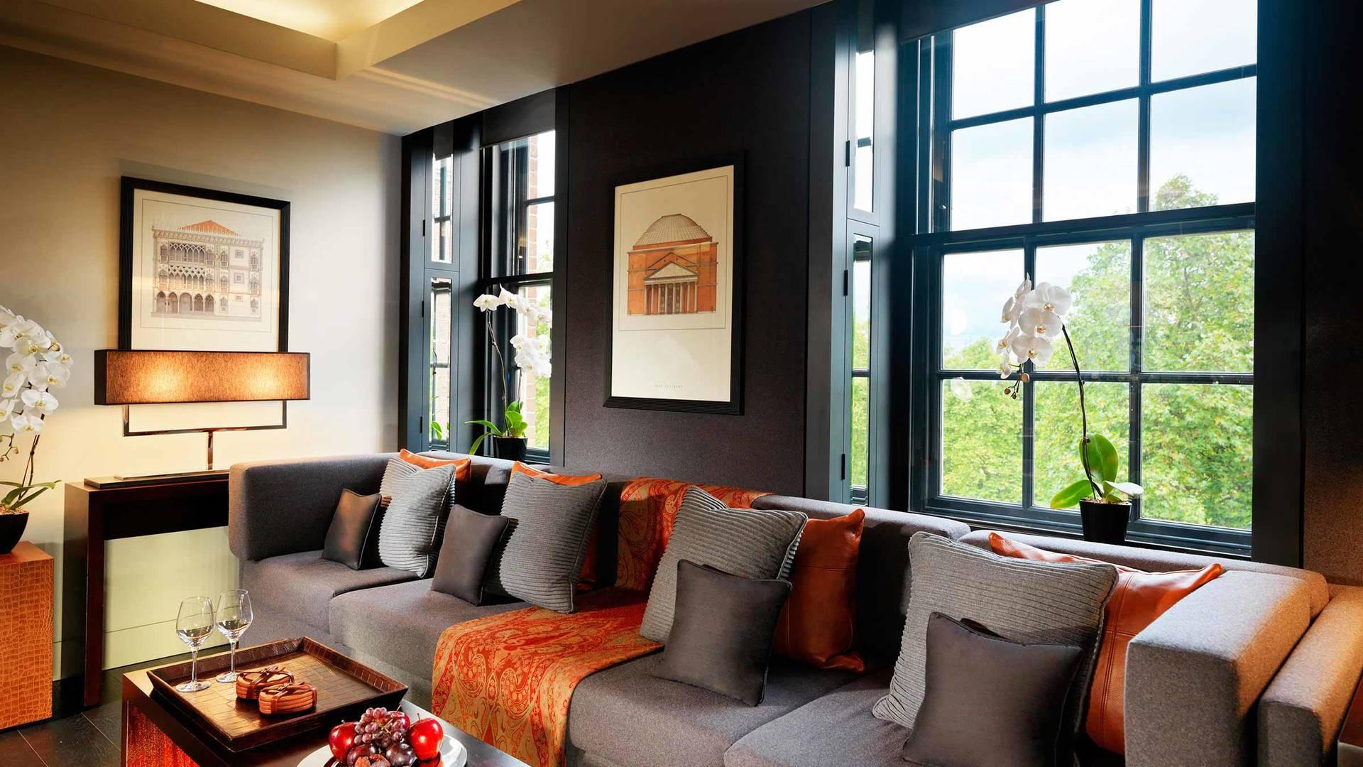 sofas  One Bedroom park