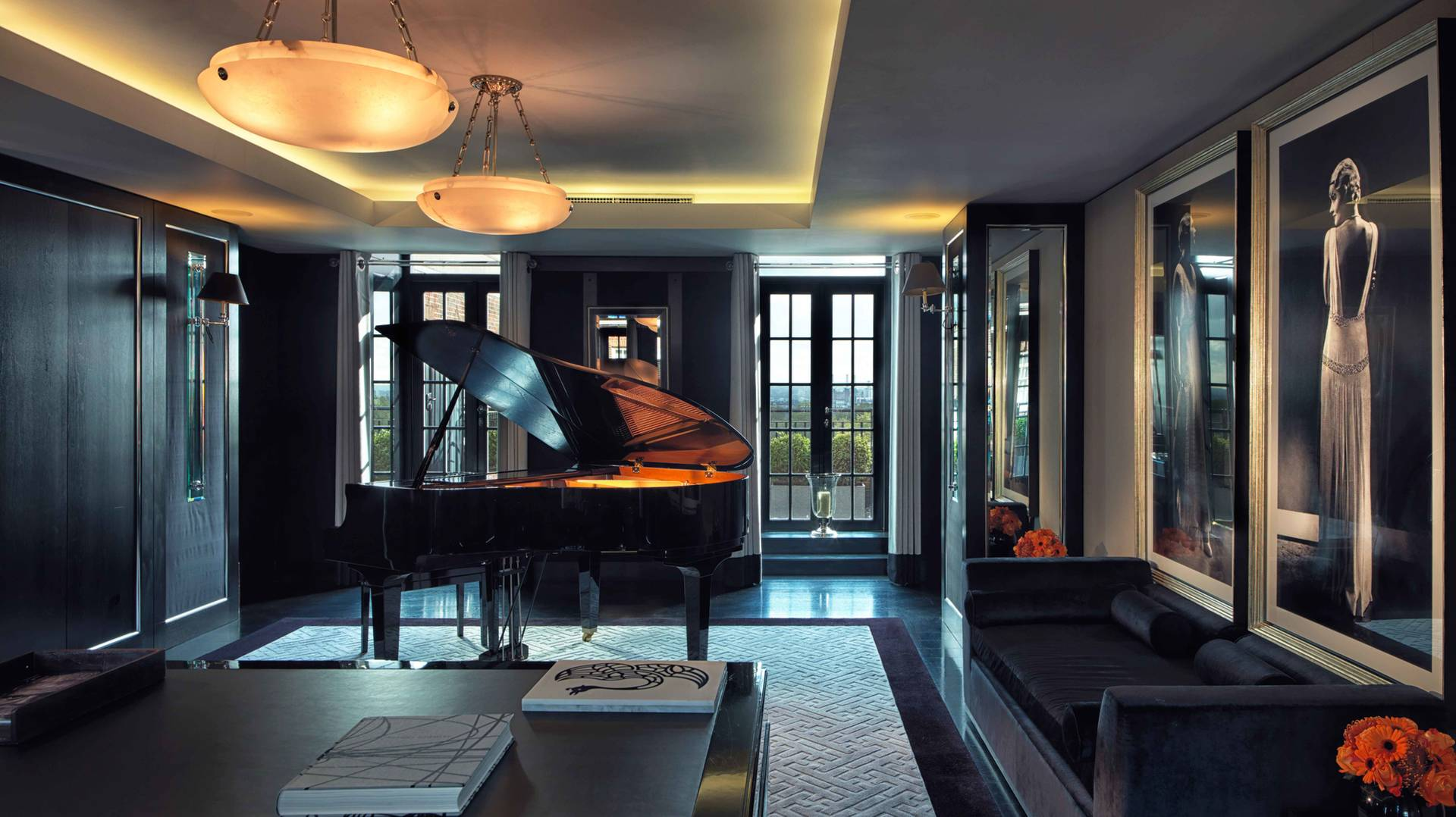 Piano room - Grosvenor Penthouse