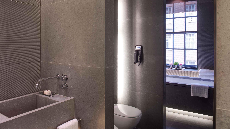 Bathroom - Westminster