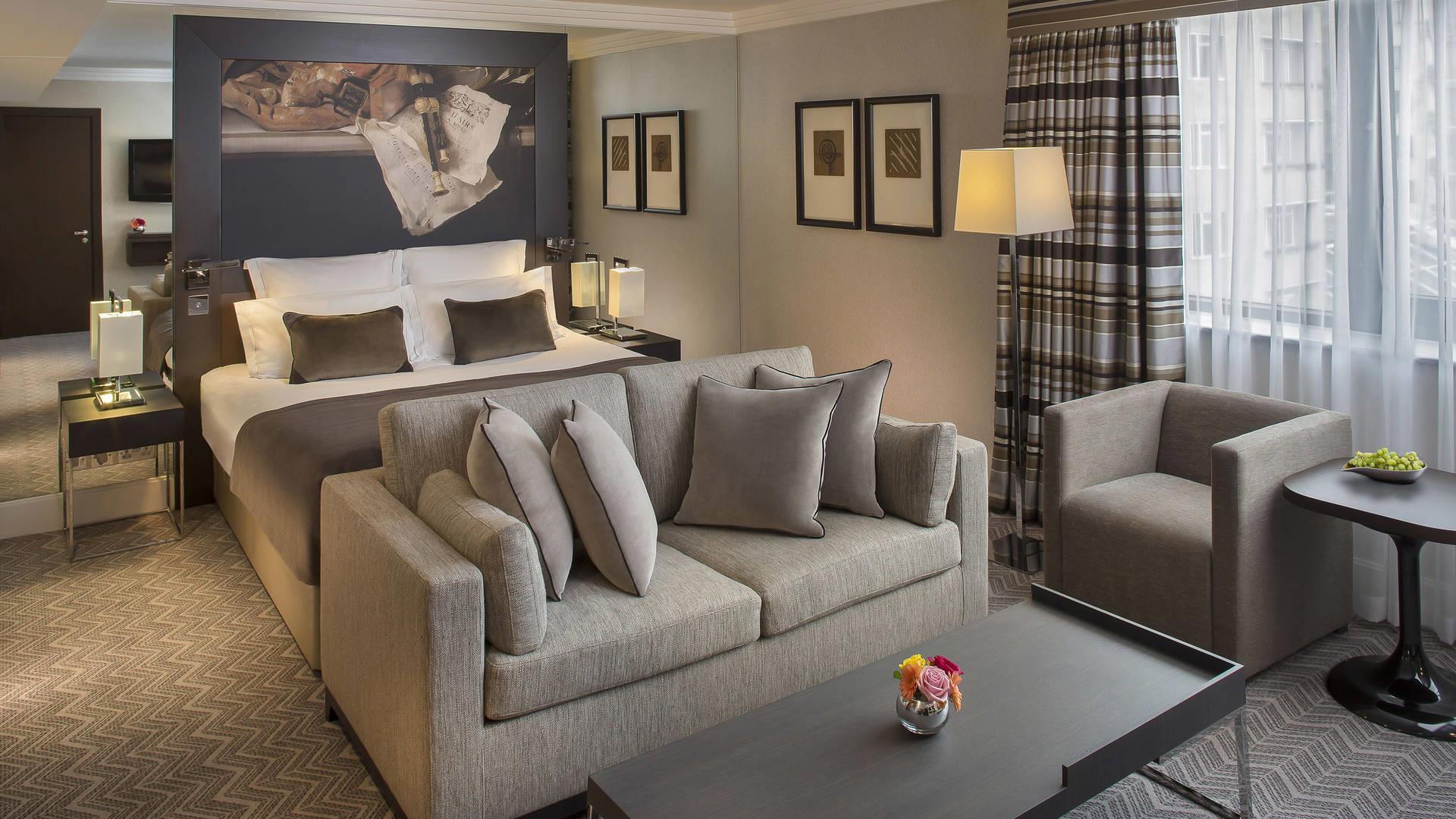 Junior Suite at Jumeirah Lowndes Hotel