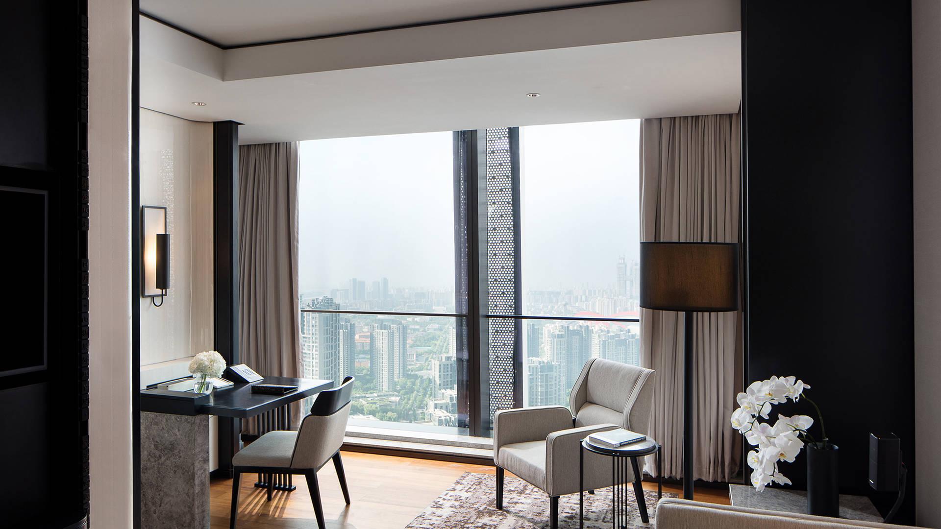Jumeirah Nanjing deluxe suite living room_16-9