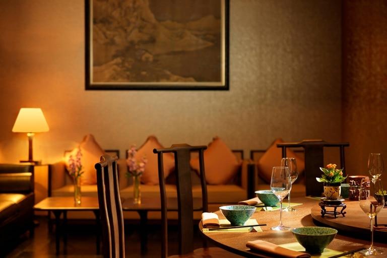 Ресторан в отеле Jumeirah Himalayas Hotel