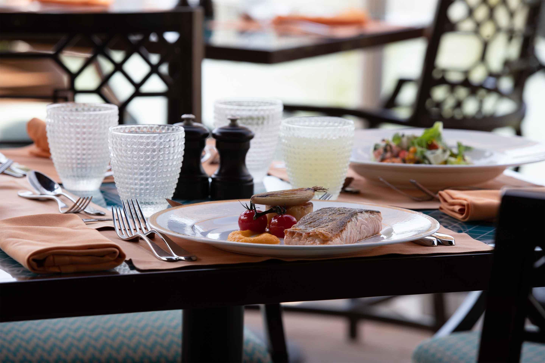 图库_卓美亚和宫酒店 Hanaaya 自助餐厅三文鱼