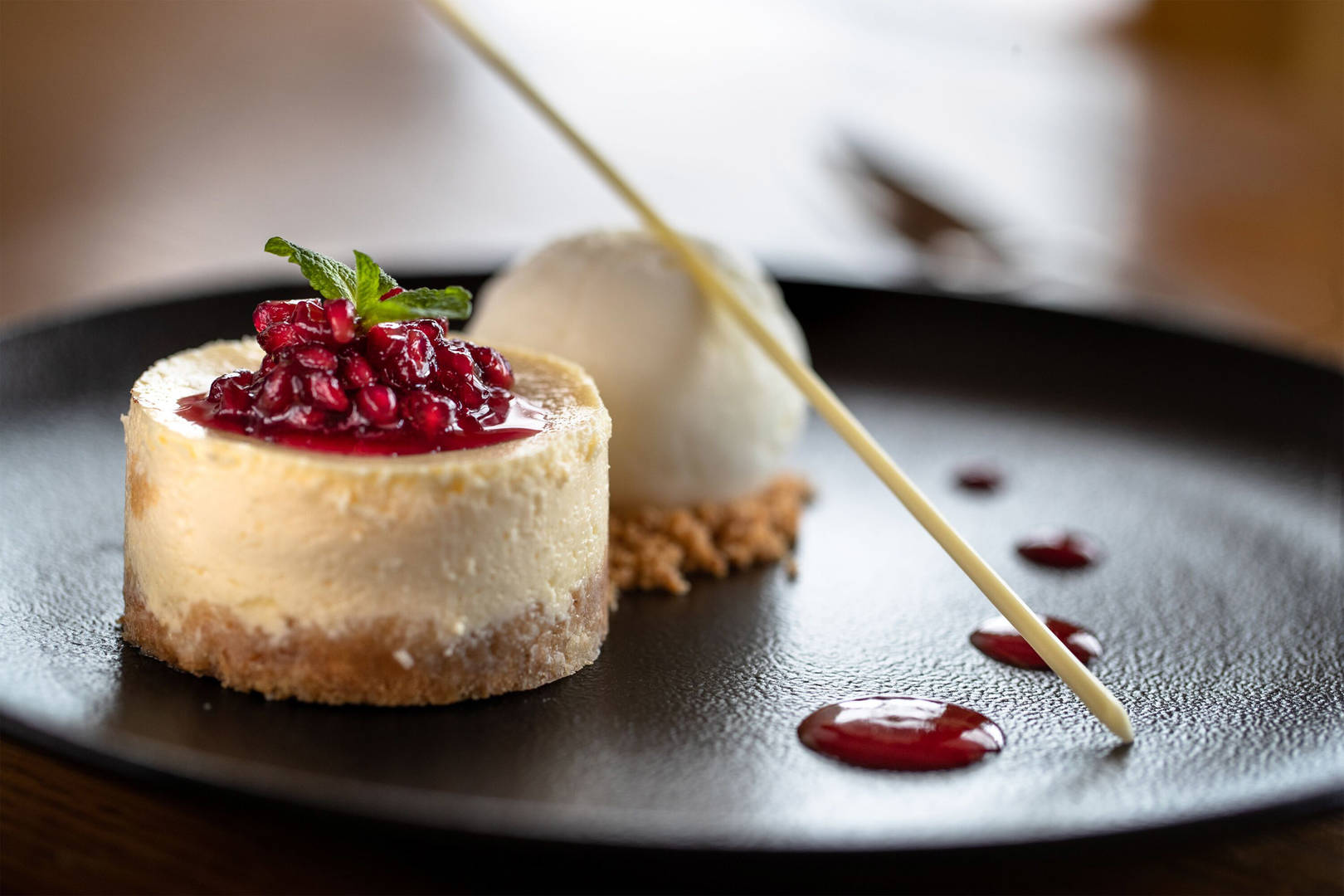 Cheese cake at Jumeirah Lowndes Hotel bar and kitchen